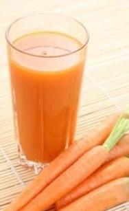 Zumo de zanahorias, col , perejil y jegibre
