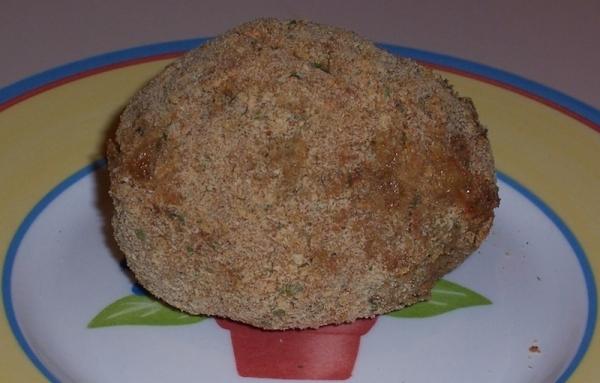 Aguacates rellenos empanados