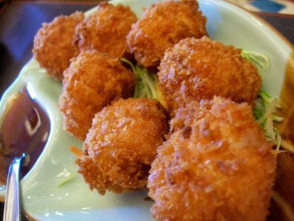 Albóndigas fritas de camarón