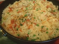 Arroz con pollo costarricense