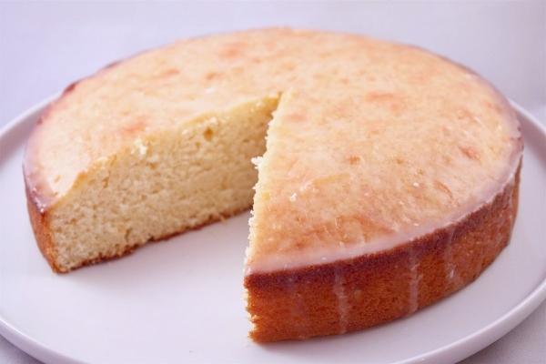 Bizcocho esponjoso de yogur en Mycook