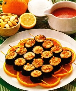 Brochetas de plátanos con salsa de frambuesa