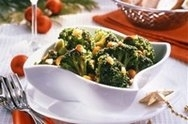 Brócoli con nueces de macadamia y cacahuetes
