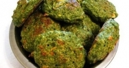 Buñuelos de espinacas con requesón