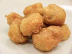 Buñuelos de sesos con salsa bearnesa