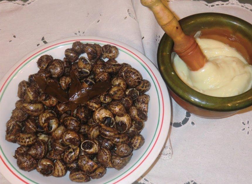 Caracoles con alioli sin huevo
