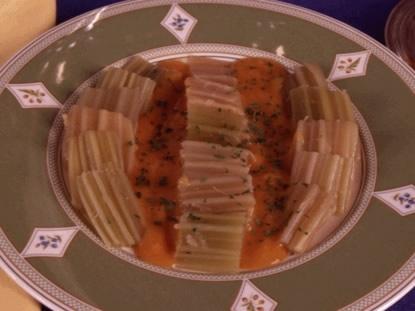Cardos con salsa de pimentón