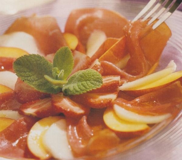 Carpaccio de fruta y jamón ibérico.