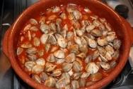 Chirlas con tomate