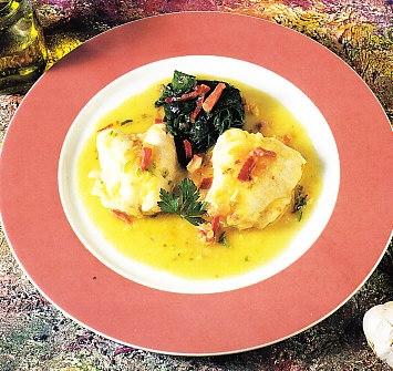 Cocochas de bacalao en salsa con espinacas