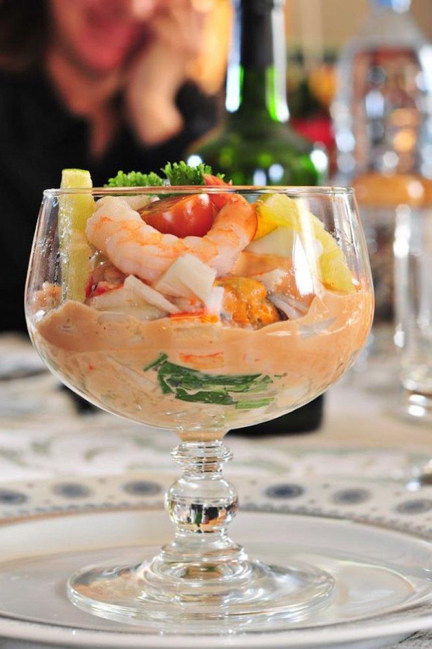 C ctel de mariscos the cook monkeys - Coctel de marisco ingredientes ...