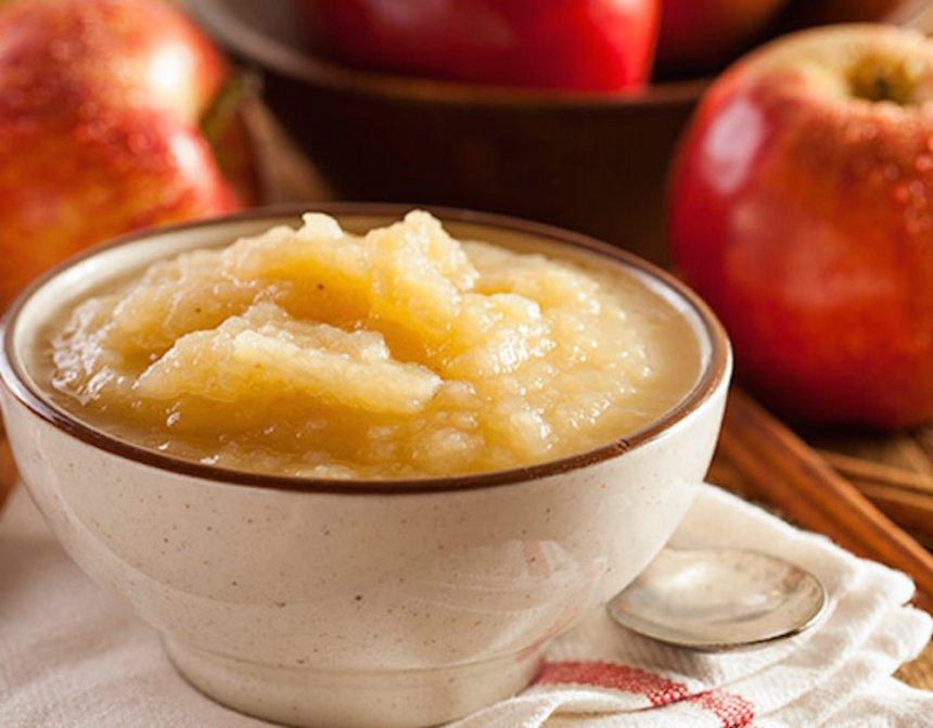 Compota de manzana con quinoa