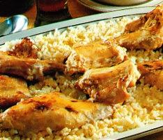 Conejo a la mostaza y arroz blanco
