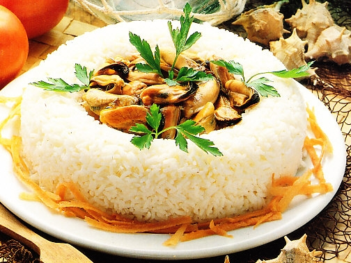 Corona de arroz con mejillones