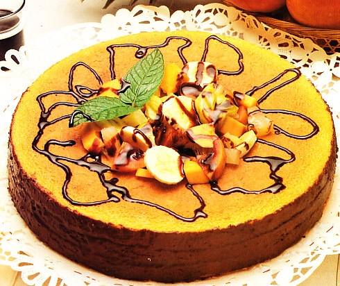Corona de bizcocho y frutas
