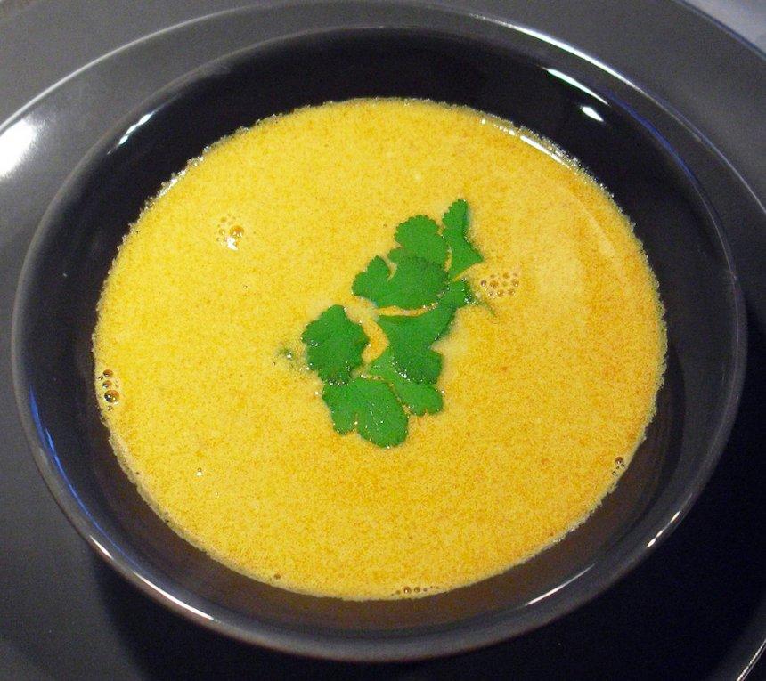 Crema de gambas al curry