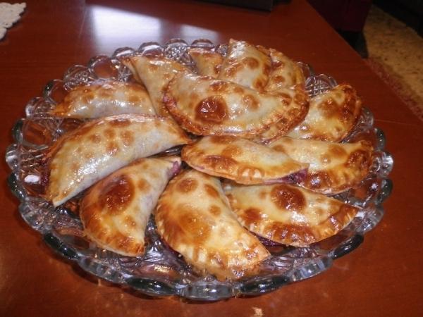 Empanadillas de higos y requesón