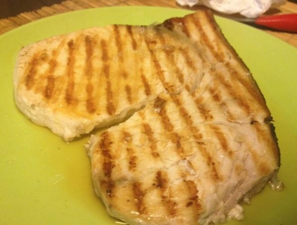 Emperador pez espada a la plancha con lim n the cook for Cocinar emperador