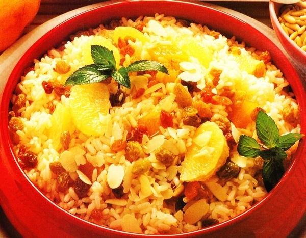 Ensalada de arroz con piña y pomelo