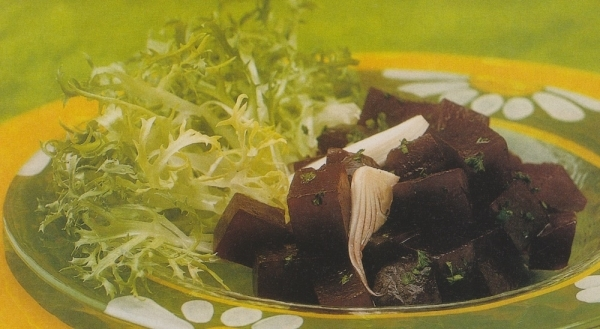 Ensalada de cebolla y remolacha fresca