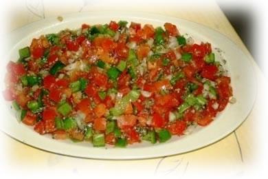 Ensalada de tomates y pimientos asados