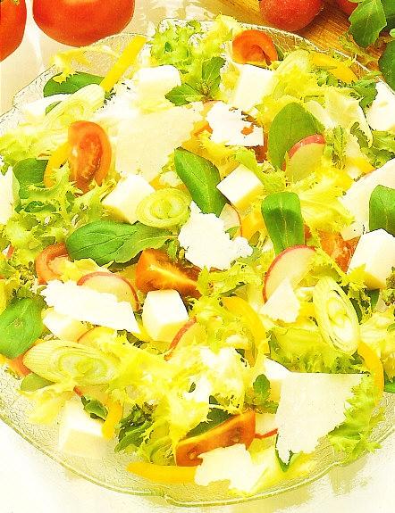 Ensalada mixta al queso