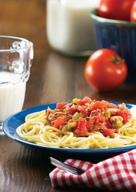 Espaguetis con salsa de pavo