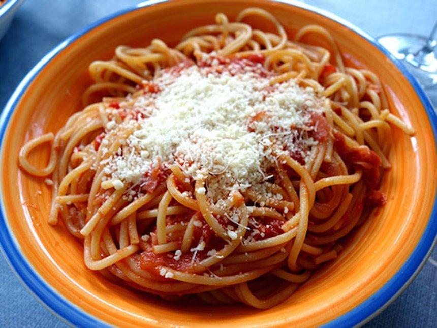 Espaguetis a la Pomarola