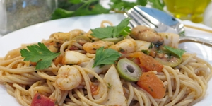 Espaguetis sa morski plodovi