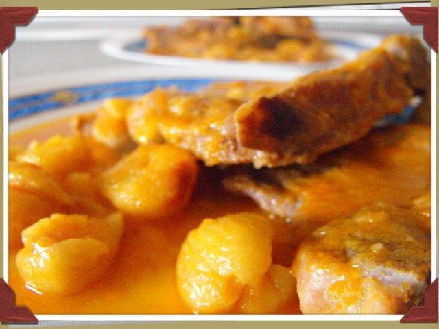 Estofado de pavo con naranjas y castañas