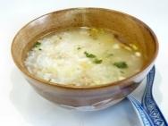 Fondue de pescado con arroz y salsa de chile