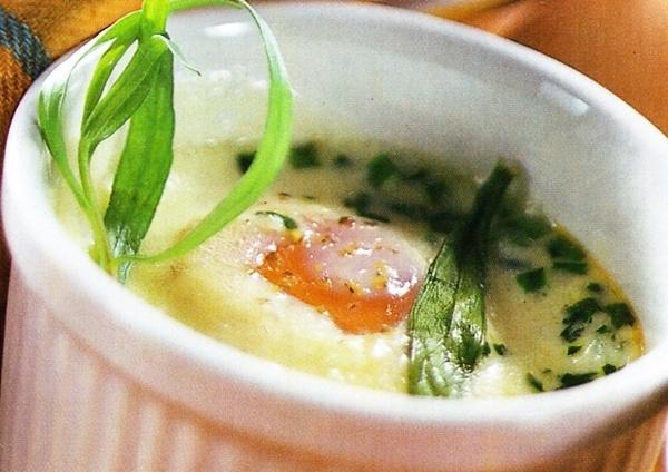Huevos cocidos a las hierbas