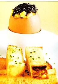 Huevos con caviar