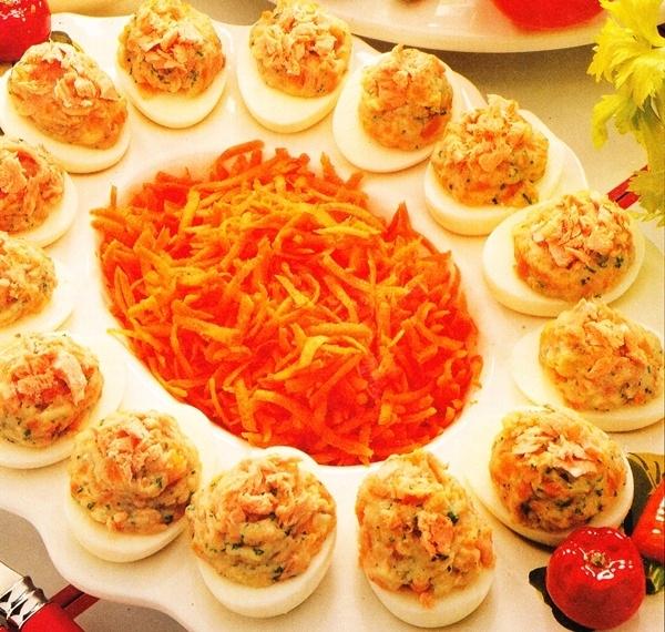 Huevos duros con verduras