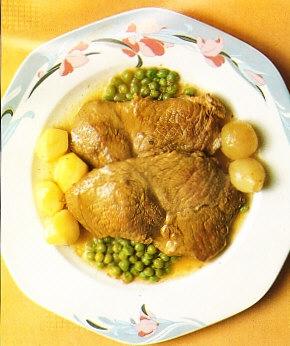 Jarrete de ternera guisado con patatas