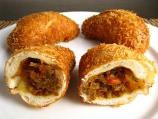 Kare pan (pan de curry)