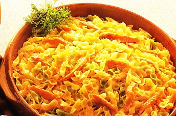 Lacitos con vegetales con juliana de pollo