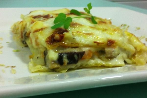 Lasagna de seta shiitake y manzana