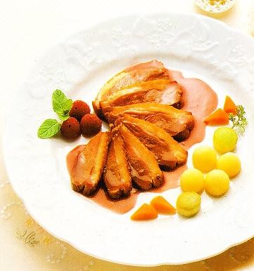 Magret de pato  en microondas con salsa de frambuesas