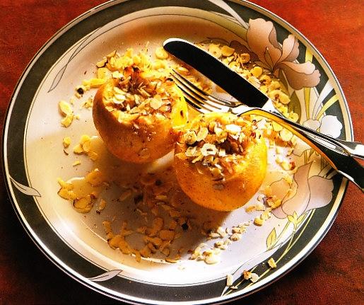 Manzanas almendradas en microondas