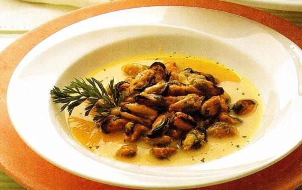 Mejillones en salsa blanca