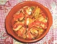 Merluza a la bilbaína con pimientos rojos