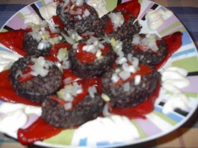 Morcillas de arroz con pimientos del piquillo