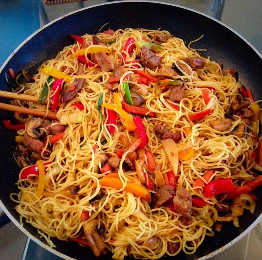 Noodles con salsa de ostras