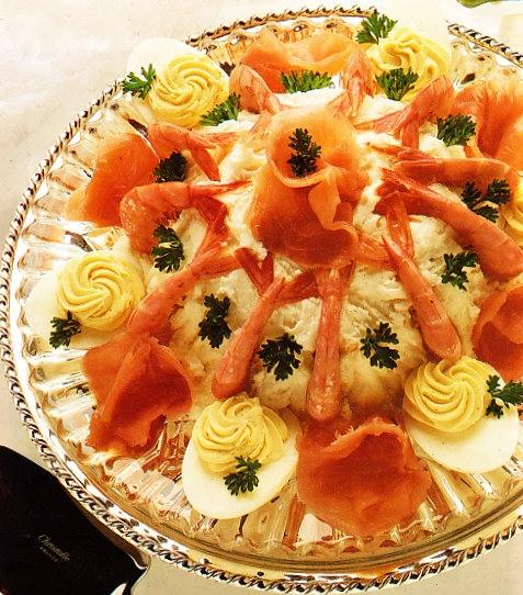 Pastel de salmón y gambas a la nata