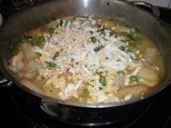 Patatas con bacalao y salsa verde