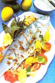 Pescado al horno con salsa de tahini