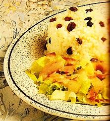 Pintada a la pimienta verde con arroz con pasas