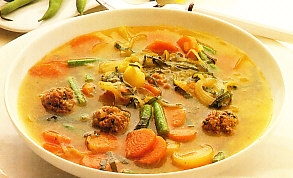 Potaje de verduras con albóndigas
