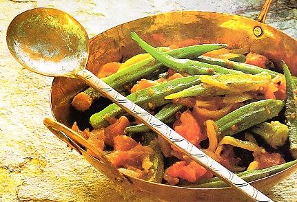 Quimbombó con cilantro y tomates